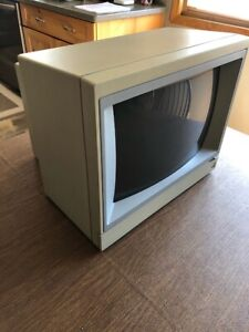 Vintage 1992 AppleColor Composite Monitor IIe COLOR A2M6021 TESTED