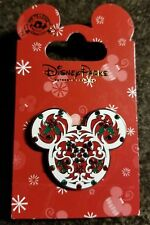 Disney Mickey Mouse Pin Christmas Holly (Free shipping on 3 or more items)