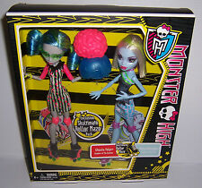 MONSTER HIGH EXCLUSIVE SKULTIMATE ROLLER MAZE PACK GHOULIA YELPS ABBEY BOMINABLE