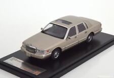 1:43 PremiumX Lincoln Town Car 1996 pearlsilver