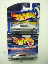 2x hotwheels fe28/36 2000 #88 Dodge Charger 1967 diff. base, diff short Card,