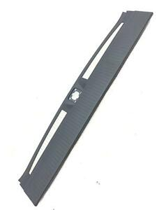 2015 CHEVY TAHOE OEM TRUNK LATCH SCUFF PLATE SILL COVER TRIM PANEL 22826478