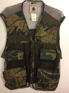North West Territory Camo.Hunting Vest Shell Loops,Game Pouch,Pockets Large NWOT