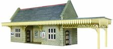 Metcalfe , 00 scale stone built wayside station shelter. Kit build service