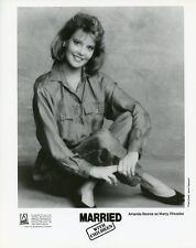 AMANDA BEARSE CUTE SMILING PORTRAIT MARRIED WITH CHILDREN 1990 FOX TV PHOTO
