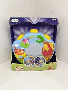 Tomy Disney Winnie The Pooh Sweet Dreams Light Show Cot Projector