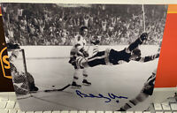 """Bobby Orr Hand signed and authenticated 9"""" x 11"""" Photograph"""