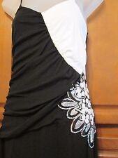 Venus 413 Black & White Size Small 2,4,6 Formal,Prom Dress NWT Reg $119 Floor
