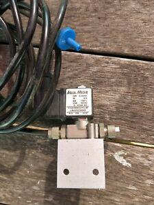 Aqua Medic CO2 magnetic solenoid valve.