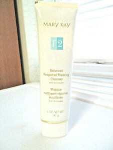 MARY KAY ~ BALANCED RESPONSE MASKING CLEANSER FORMULA 2 ~  NEW , no box