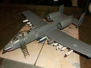 Built AMT US Air Force A-10 Thunderbolt II Action Scene. Nicely done. 1/48