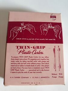 Twin Grip Plastic Curlers. New Old Stock 1940s. Perfect home permanent curlers