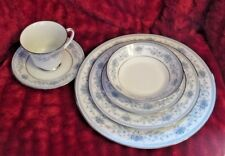 NORITAKE BLUE HILL #2482- 24 PIECE PLACE SETTING - SERVICE FOR 4