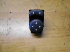 Fiat 500 2014 Mirror Control Switch A223