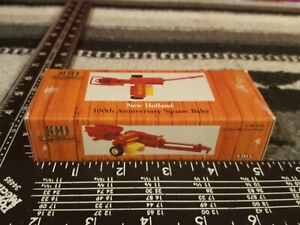 Ertl New Holland Square Baler 1/64 Diecast Farm Implement Replica Collectible