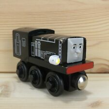 TALKING DIESEL - THOMAS & FRIENDS WOODEN TRAIN ENGINE - 2003 LEARNING CURVE