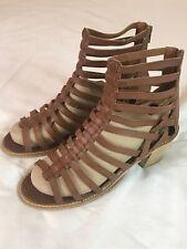 6ab6ce8a9d Crown vintage Strappy Block Heel Leather Sandal Size 10 Brown Back zipper