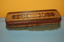 Magnifique ancienne brosse  en bois à habit - chaussures