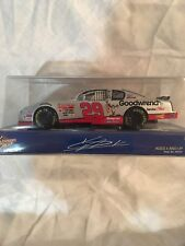 2002 Winners Circle 1:24 Diecast Kevin Harvick #29 Taz Goodwrench Monte Carlo