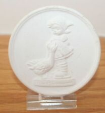 1982 M I Hummel Annual Festival Medallion Ornament Paperweight Eaton, Ohio