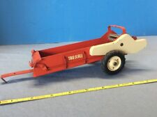 Vintage Collectible Tru-Scale Toy Red & White Farm Implement Spreader