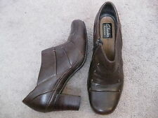 CLARKS Artisan Brown Leather Shoe Boots Ankle Boots w/ Heel 8.5 M - NICE