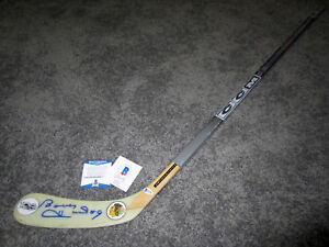 BOBBY HULL Chicago Blackhawks SIGNED Autographed Hockey Stick w/ BAS COA NHL 100