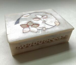 Vintage Soapstone Trinket Box With Mother Of Pearl Inlay Flowers