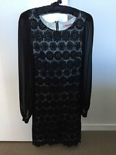 Review dress size 6 navy with sheer sleeves