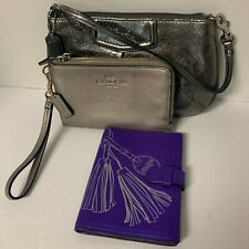 Coach lot 9 metallic leather large wristlet double zip foil embossed ultraviolet