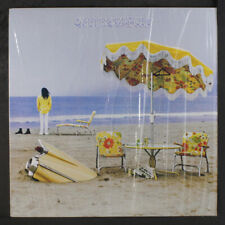 Neil Young: On The Beach Lp (Nya re, shrink, insert, sl dish dnap) Rock & Pop