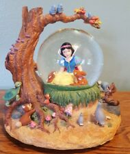 Disney Store - Snow White and Friends - Musical Snowglobe