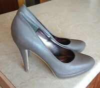 DOROTHY PERKINS 🌹NEW TAUPE FLORE FAUX LEATHER HIGH HEEL COURT SHOE UK 6