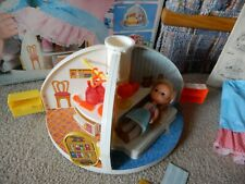 VINTAGE 1980 KNICKERBOCKER MOPPETS SECRET DOLL HOUSE WITH ACCESSORIES BOX PAPERS