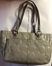 Coach 17728 Gallery Patent Leathet Tote BAg