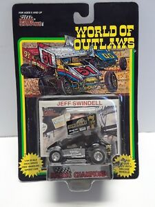 1993 Racing Champions #7 Jeff Swindell 1/64 sprint car