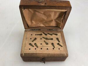 Antikes Uhrmacher Werkzeug ??? 13x Aufsätze Federwinder oä. watchmaker