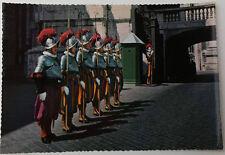 Cartolina Città del Vaticano Parata delle Guardie Svizzere NON VIAGGIATA