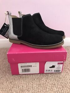 joules boots size 2 (New)
