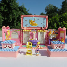 Polly Pocket Dream Builders Nursery Babyzimmer Babysitter 100% complete