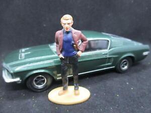 Corgi CC05901 Bullitt 1968 Ford Mustang Diecast Model Car & Steve McQueen Figure
