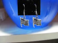 Antique Silver Tone USA Flag Patriotic Dangle Earrings, New