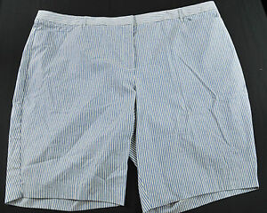 WOMENS FASHION BUG STRIPED SHORTS WHITE / BLUE SIZE 28 VERY NICE!