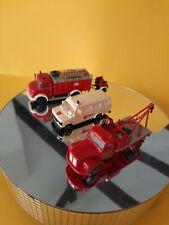 Eisenbahnen Modellbau Autos  3 Stück aus verschiedenen Bereichen mit Anhänger