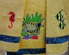TROPICAL FISH TOWEL SET IN YELLOW