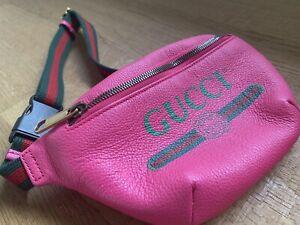 Gucci Bauchtasche / Gürteltasche neu fuchsia