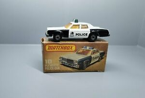 No. 10 - altes Matchbox / Superfast Modell -Plymouth Police Car    / 3 S -10
