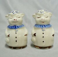 VINTAGE SHAWNEE POTTERY FAT LITTLE PIGS SALT & PEPPER SET