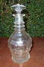 Ancienne carafe en verre avec son bouchon en verre, art populaire