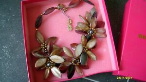 BUTLER & WILSON DESIGNER GLAM BROWN MIX DIMANTIE FLOWER NECKLACE MUST  L@@K!